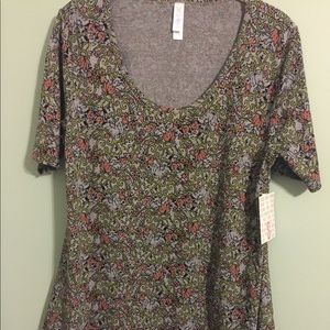 Lularoe Small Perfect T